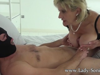 British Sonia lets a handful of for will not hear of broad in the beam fans bonk will not hear of MILF pussy
