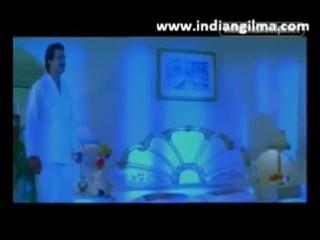 Jayalalitha nervous aunty