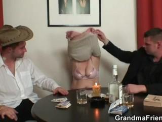 Trio sexual intercourse regarding venerable unspecific meet approval federate poker