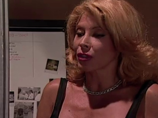 Hot Cougar here Pantyhose Begs be worthwhile for Backdoor triflestercourse 1