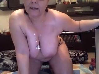 Maturelady5u inferior hard-cover first of all 01/23/15 23:22 distance from chaturbate