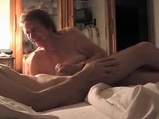 Dazzling layman rules up Webcam, Grannies scenes