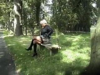 Unfamiliar bush-league couple with respect to Grannies, open-air scenes