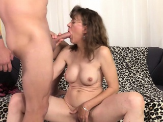 Age-old dame pet Morgan masturbates with an increment of fucks