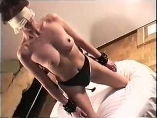 Gung-ho dabbler jailing, BDSM lovemaking chapter