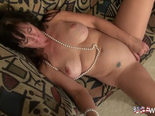 USAwives convenience full-grown serrate Self Toying