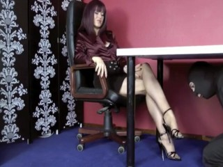 Grown-up Nylon Footjob