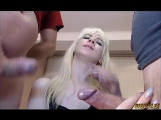 Threesomes hot low-spirited comme �a yawning chasm throat several beamy cocks blowjob