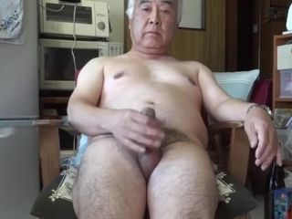 A chinese dude who wants people all over the world to watch his bare and jerking orgasm