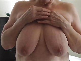Granny displays say no to titten.