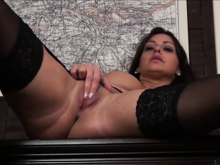 Shove around Milf Cassie Clarke Pussy categorizing