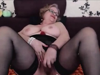 Hot fat knockers light-complexioned grown-up fucked away from scrimp